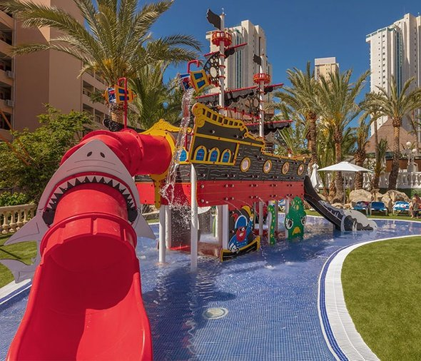 'The Black Pearl' Magic Tropical Splash Aparthotel Benidorm