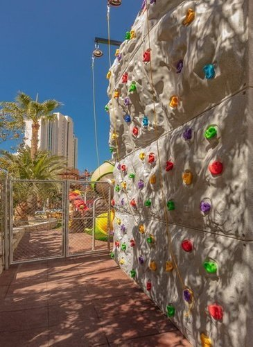Children's Climbing Wall Magic Tropical Splash Aparthotel Benidorm