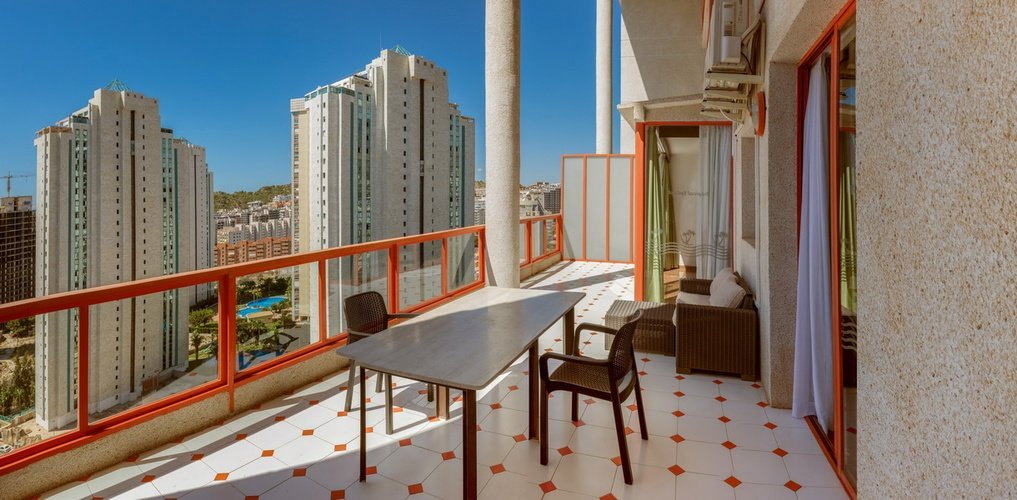 magic tropical splash aparthotel benidorm