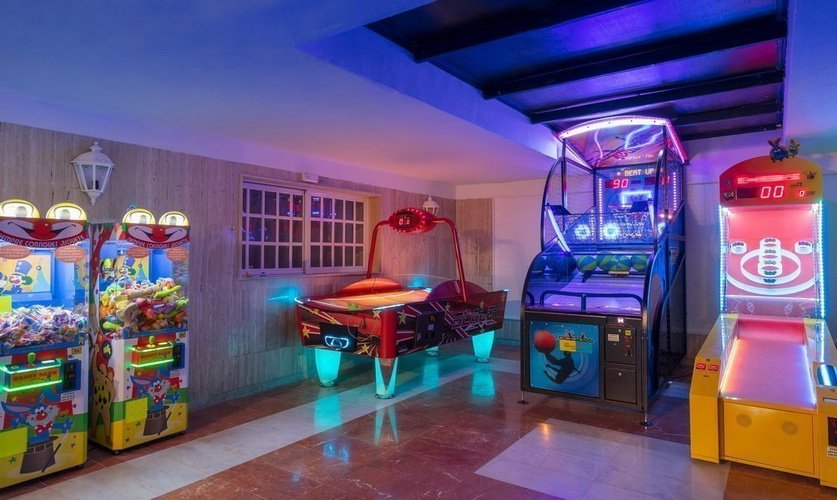 Playground magic tropical splash aparthotel benidorm