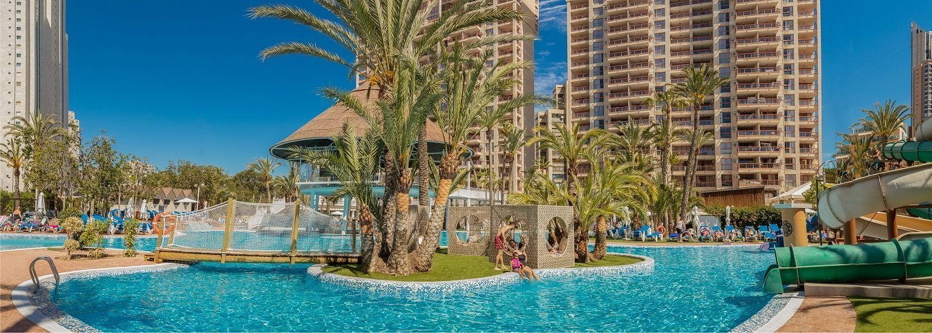Magic Aqua Experience™ Magic Tropical Splash Water Park, Spa & Caribbean Resort Aparthotel